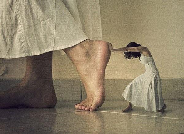 Что объединяет людей в болезненных отношениях: отношения Мать-Младенец?